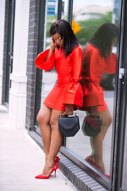Asos structured extreme eleeve mini dress, www.jadore-fashion.com