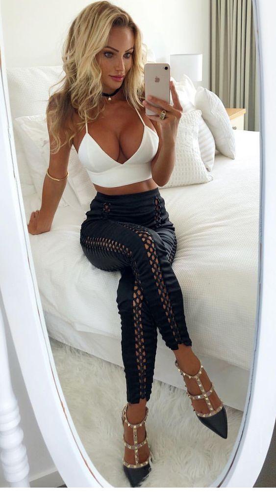 Beautiful Hot Women Gallery Mature Downblouse-6238