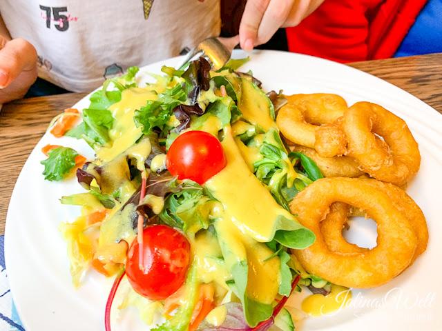 Calamaris mit Salat im Fischerhaus