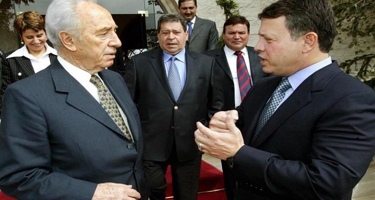 ملك الأردن يفاجأ العالم بكلام أغرب من الخيال بعد وفاة بيريز