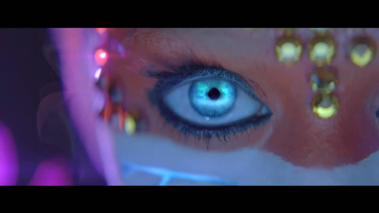 Diva Devotee: Single review and Video: Katy Perry Ft Kanye ...  Diva Devotee: S...
