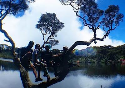 Telaga dewi Lokasi Gunung Singgalang