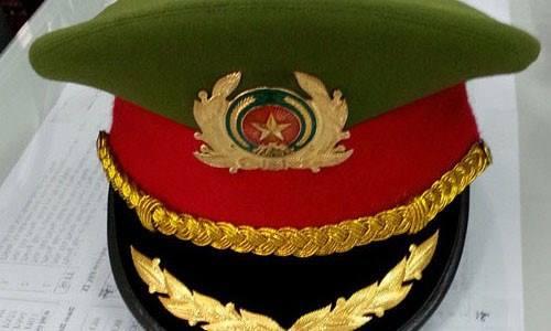Cặp bồ, một đại tá công an bị kỷ luật, mất chức