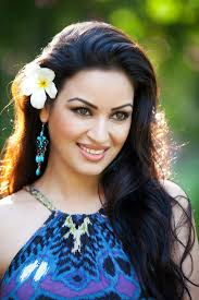 Maryam Zakaria, Biography, Profile, Age, Biodata, Family, Husband, Son, Daughter, Father, Mother, Children, Marriage Photos.