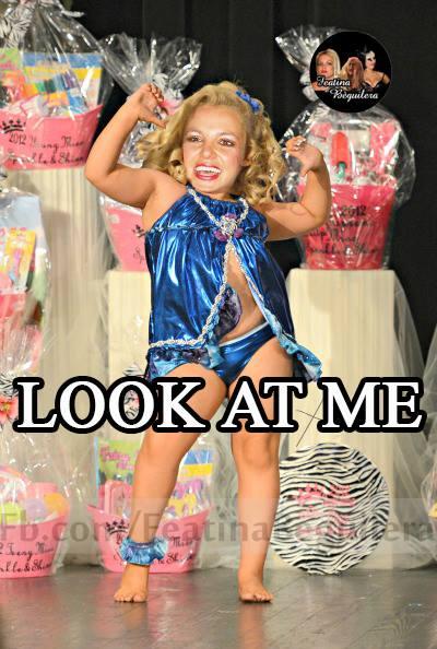Britney Spears Bích Nụ 22