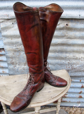 Fall in Love Fridays: Brown Leather Boots
