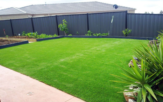 Reasons to Choose Artificial Grass Installation Rather than Real Grass