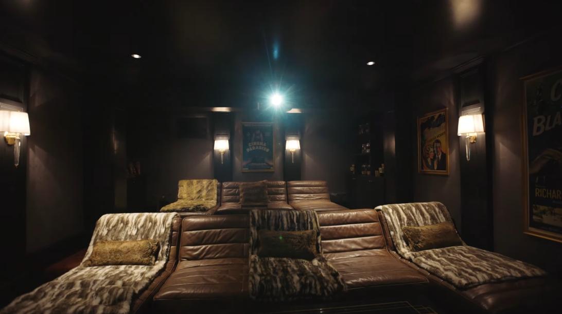 45 Interior Design Photos vs. 601 S Windsor Blvd, Los Angeles Luxury Mansion Tour