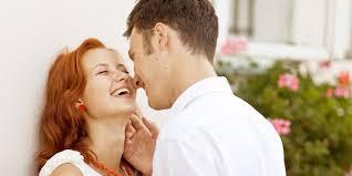 Cara Memuaskan Istri Saat Hubungan Intim