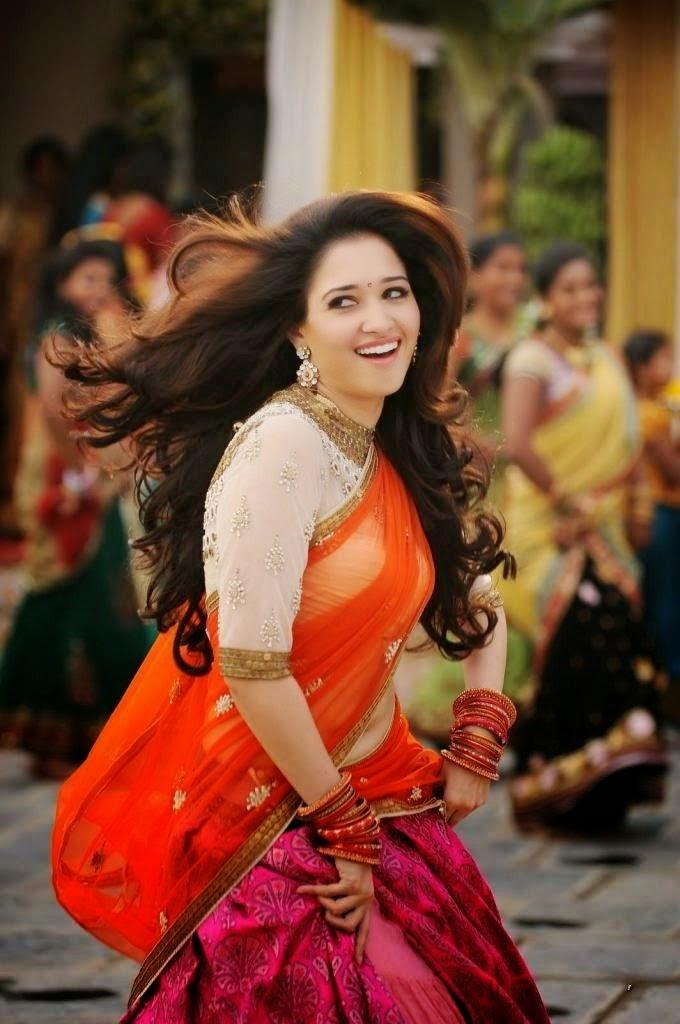 Tamanna In Tadakha Halfsaree: Tamanna Bhatia Navel Show In Half Saree HD Wallpaper