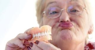 تقنية بريطانية جديده لتجديد مينا الاسنان