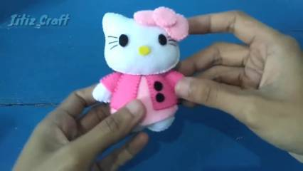 Hello kitty dari kain flanel