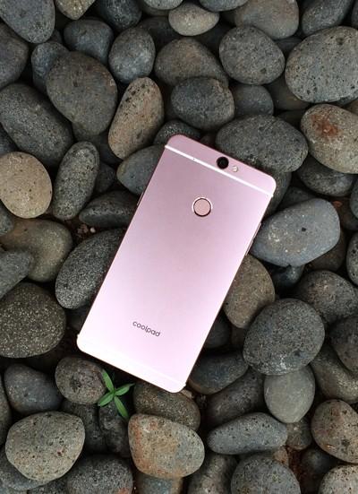 Smartphone Android selalu bersaing menyajikan yang terbaik untuk para konsumennya Terbaru 10 Smartphone Android China terbaik dan termurah 2019