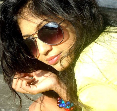 Stylish Desi Girls Fashion Pictures With Sunglasses