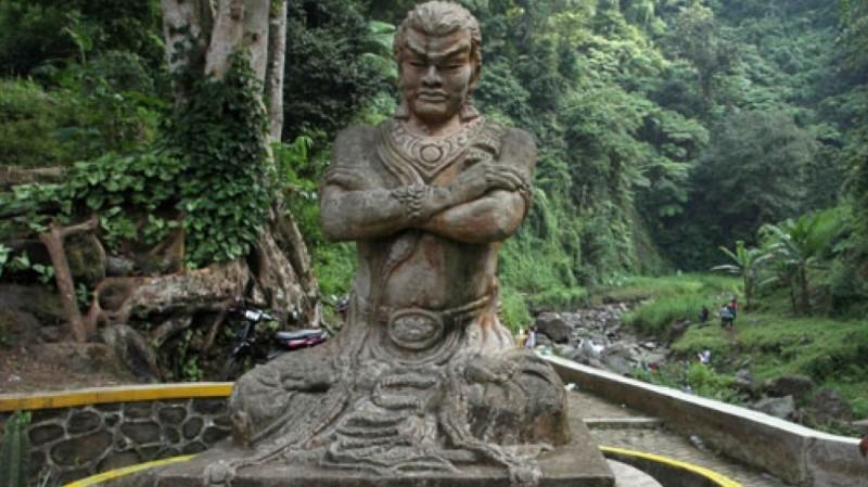Patung Gajah Mada di Probolinggo