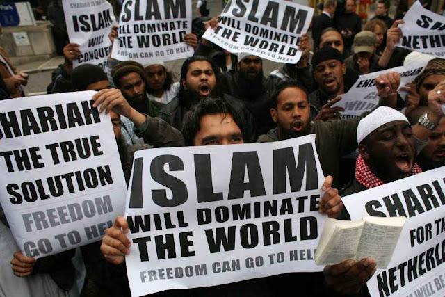 Passeata de muçulmanos no Reino Unido