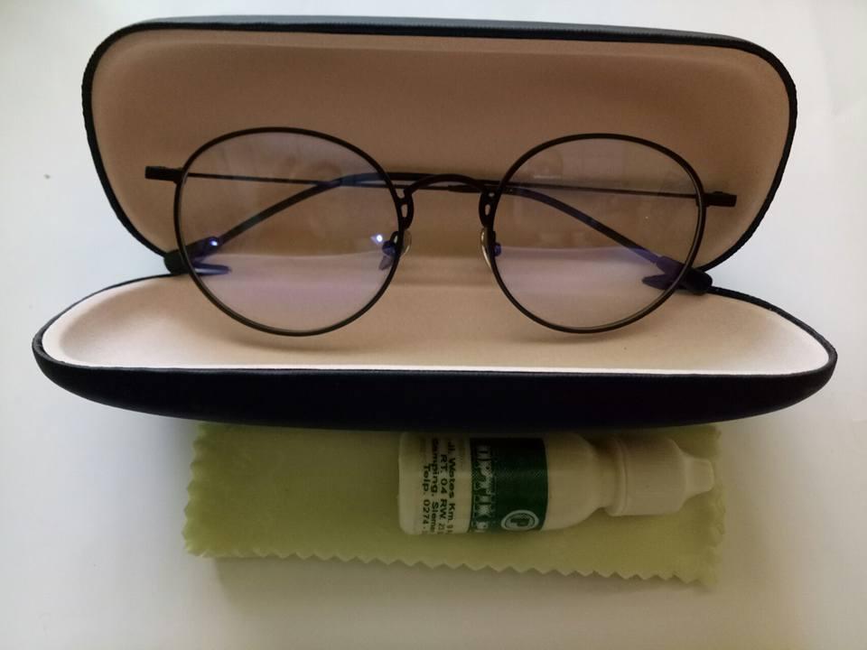 Jual Kacamata Minus Murah Keren dan Gaul Online Jogja WA   081 903 ... 48af8469a0