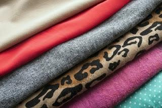 cara merawat bahan pakaian agar awet