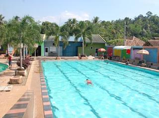 http://www.teluklove.com/2017/03/pesona-keindahan-wisata-kolam-renang_29.html