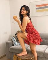 Sakshi Malik Sizzling Stills HeyAndhra.com