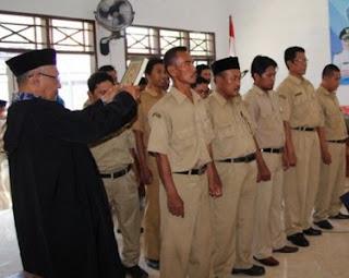 Jokowi Putuskan Gaji Perangkat Desa Setara PNS Golongan IIA