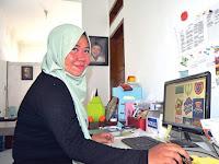 Ikha Dewi, Lulusan SMK yang Sukses Jalankan Usaha Fast Courier