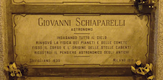Schiaparelli's grave at the Monumental Cemetery in Milan