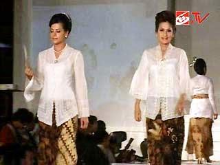 Kumpulan Foto Model Baju Kebaya Nasional Trend Baju Kebaya