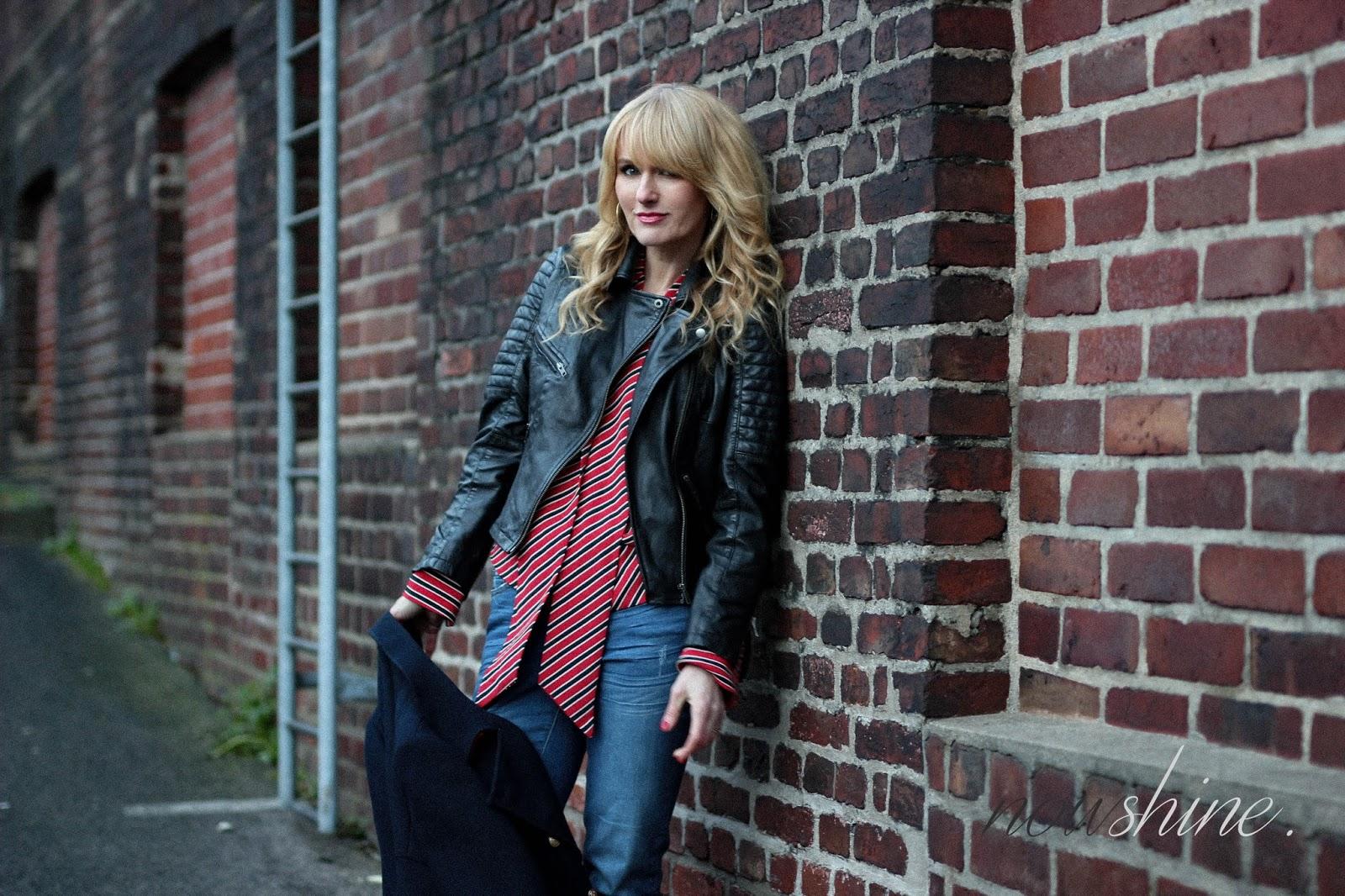 Nowshine trägt Lederjacke plus Winterjacke, Bluse, ü40 Mode Blog