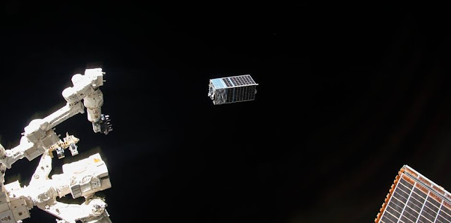 Kestrel Eye IIM (KE2M) microsatellite being deployed via the Kaber Microsatellite Deployer (Kaber) on October 24, 2017. Photo Credit: NanoRacks