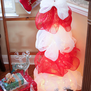 How to make a lighted mesh Christmas tree