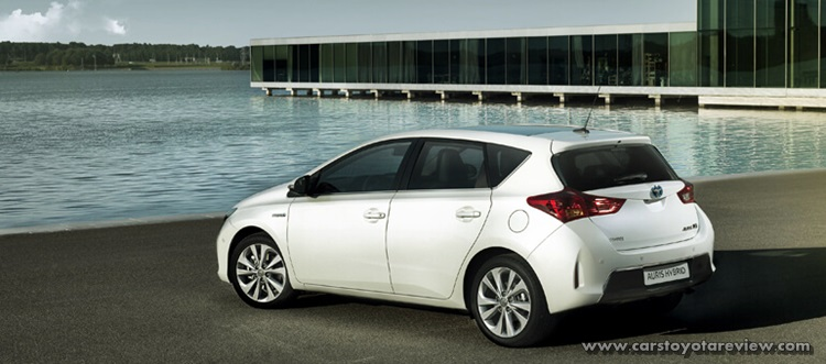 Toyota Auris Review And Specs