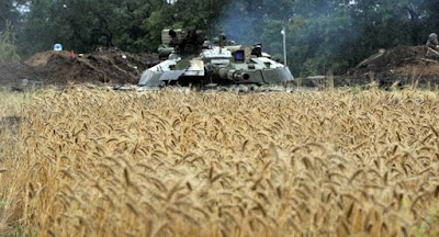 """""""Хлібне перемир'я"""" на Донбасі розпочалося з обстрілів"""