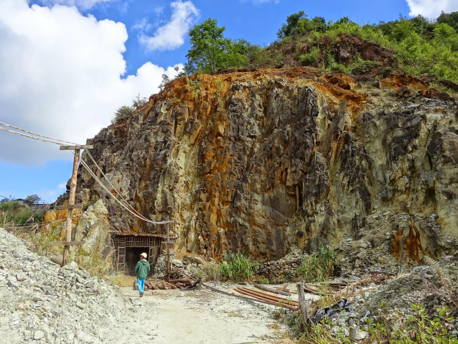 Lối vào của mỏ Pyaung-Gaung. MinBlog