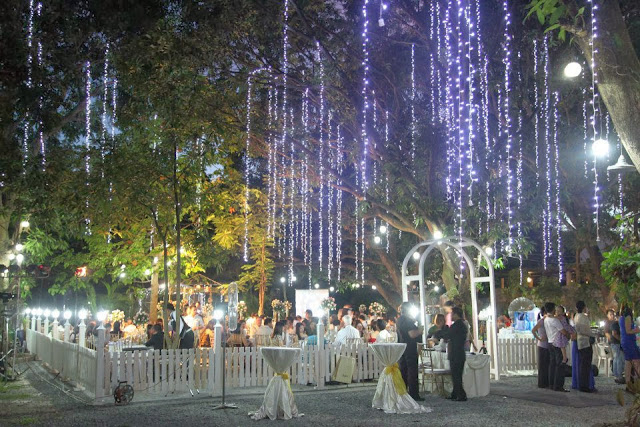 Pros And Cons Of Outdoor Wedding Venues: Garden Wedding Venues In Antipolo