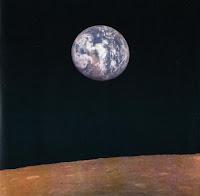 La Terra vista dalla sonda Zond 7 che sorvola la Luna.