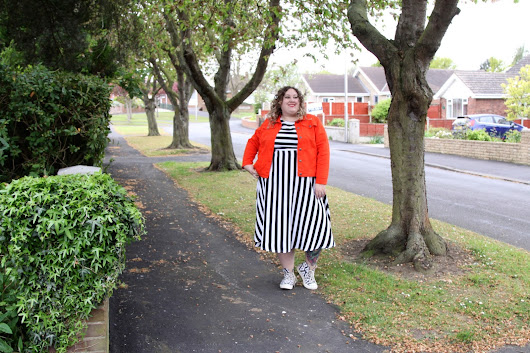 Monochrome and Red with Navabi*