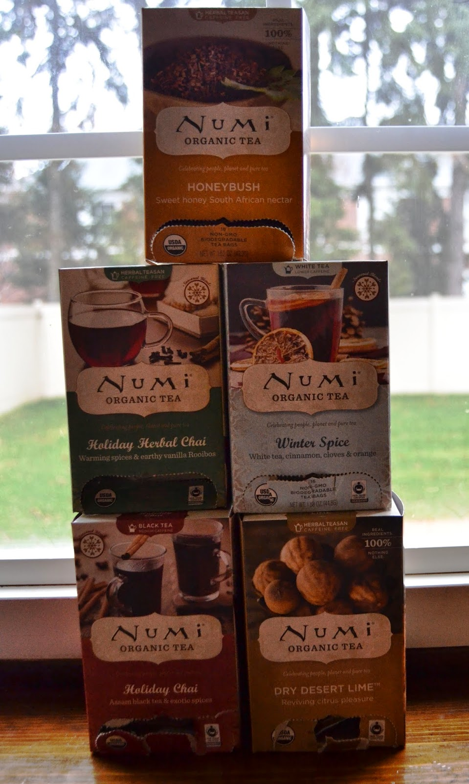 Numi Holiday Tea