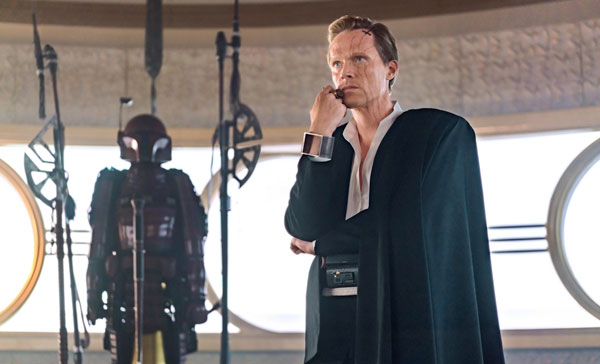 Paul Bettany as the main antagonist, Dryden Vos in SOLO: A STAR WARS STORY (2018)