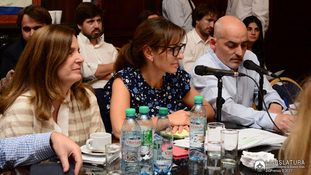 La ministra de Educación de la Ciudad de Buenos Aires presentó en la Legislatura Porteña el presupuesto 2018