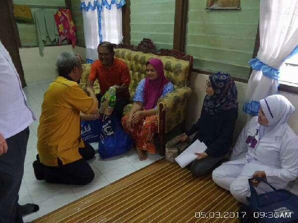 Kampung Kalong Hilir: Program Jom Turun Kampung PPPNS - Rumah Encik Abd Rahman & Puan Maimunah