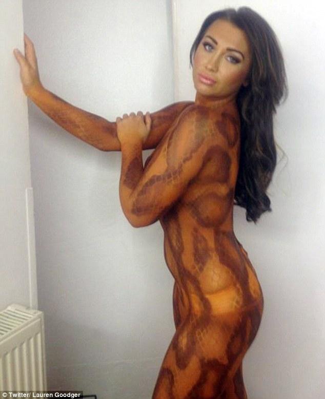 Naked female bodybuilder lisa cross and her big clit 5
