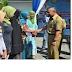 Wawali Kota Bima Serahkan Bantuan PKH Tahap I 2016
