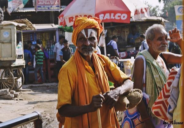 Oameni-Varanasi-India