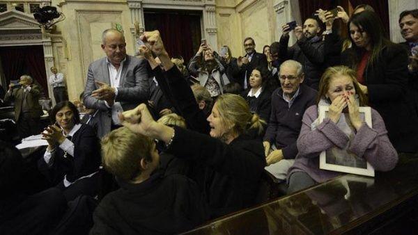 Diputados argentinos aprueban ley sobre donación de órganos