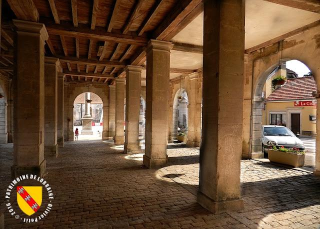 GRAND (88) - Les Halles (XVIIIe siècle)