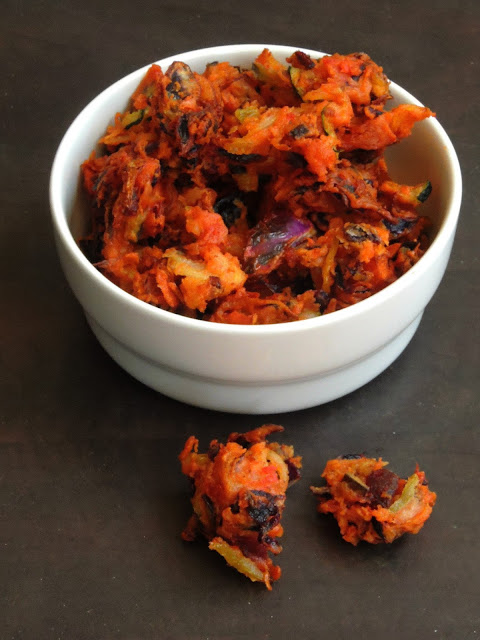 Mixed vegetable pakodas, Grated vegetable pakodas