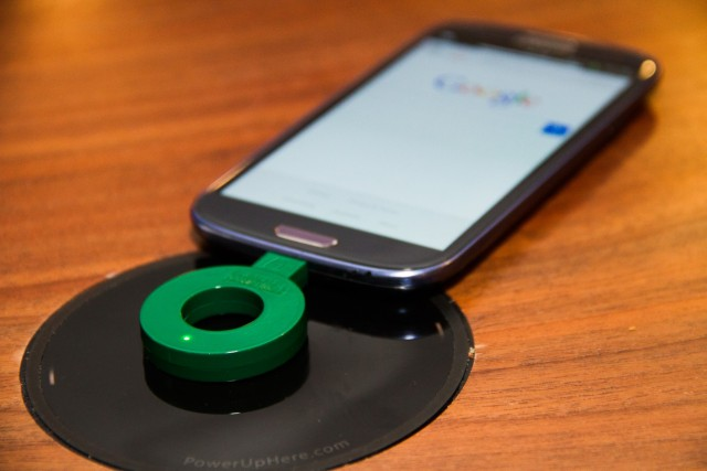 Wireless Phone Charger: Brand Eating: October 2014