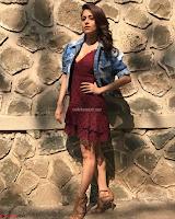 Nushrat Bharucha New Bollywood sensation from Sonu Ke u Ki Sweety Exclusive Unseen Pics ~  Exclusive Gallery 049.jpg