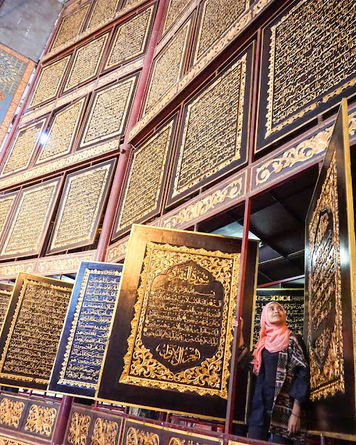 Wisata religi Al quran raksasa